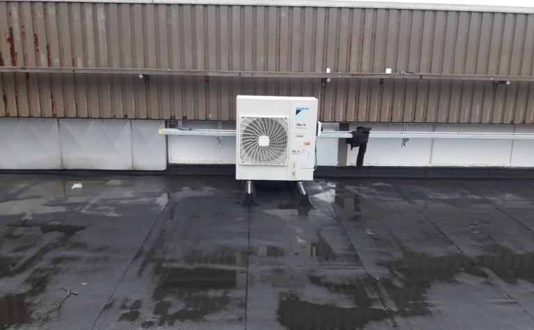 airco op koelmiddel R32 voor koeling data-lokaal